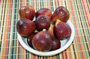 Figs go well with sharp cheese, nuts, bread, in cereals and salads, and on the grill wrapped in bacon. There are so many things you can do with figs!